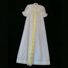 Dopklänning 100% vit bomull med gult band